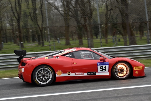 ferrari challenge 5 things to know about brakes brembo official website. Black Bedroom Furniture Sets. Home Design Ideas
