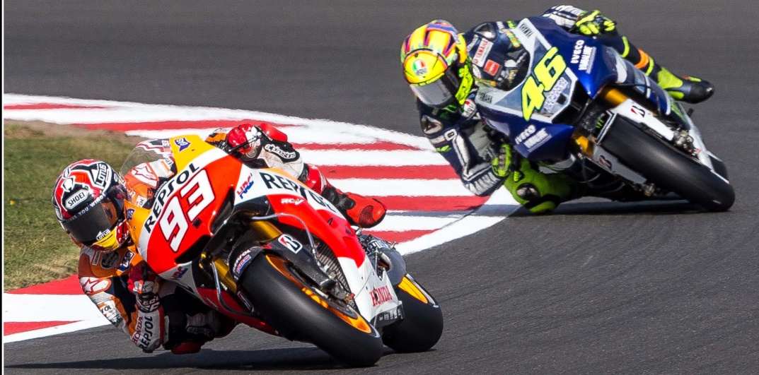 Rossi vs. Marquez: opposites compared in an analysis by Brembo | Brembo - Official Website